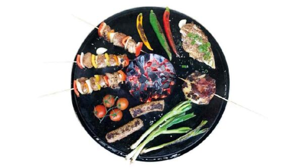 legumes et viandes sur brasero pirus